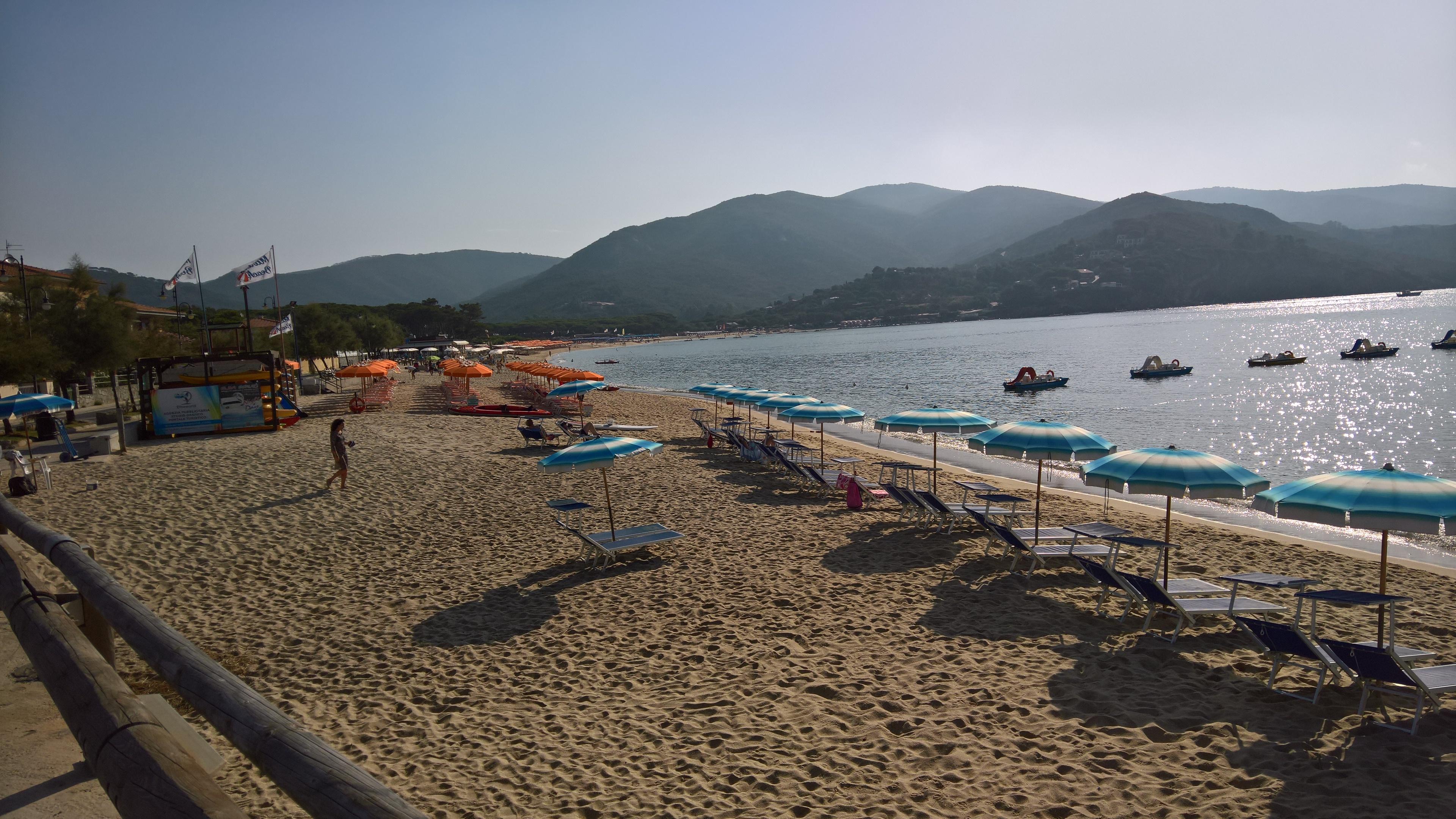 Isola d'Elba, Procchio, la Spiaggia